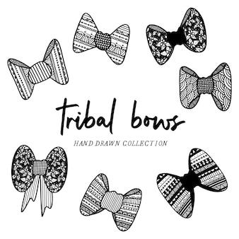 Archi tribali disegnati a mano