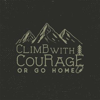 Arrampicata design vintage. disegnato a mano con elementi di montagna, attrezzi da arrampicata e tipografia. avventura all'aperto.