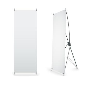 Arrotolare banner isolato su sfondo bianco