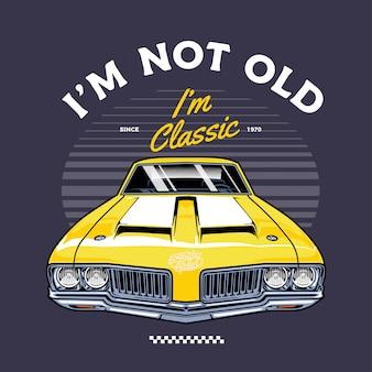 Auto d'epoca classica gialla frontale