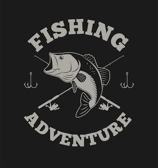 Avventura di pesca con pesce basso e canna da pesca