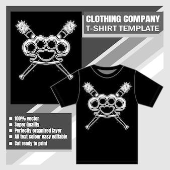 Azienda di abbigliamento, modello t-shirt, nocche con mazza da baseball