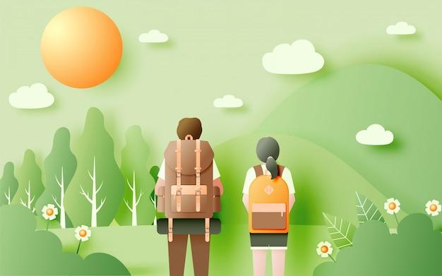 Backpacker con bellissimo paesaggio naturale