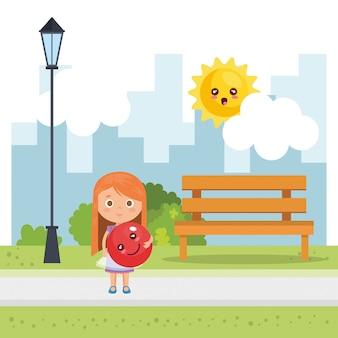 Bambina che gioca sul parco