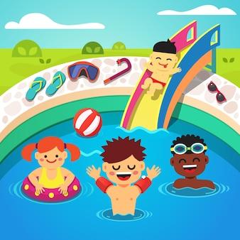 Bambini che hanno una festa in piscina. nuoto felice