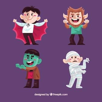 Bambini divertenti con costumi creepi