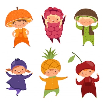 Bambini in costumi di frutta. immagini vettoriali di vari vestiti divertenti per bambini