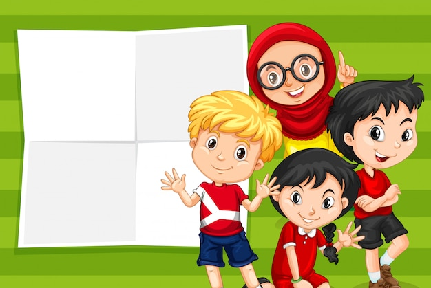 Bambini sul modello di nota vuota
