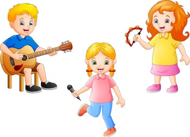 Bambino del fumetto che gioca insieme musica