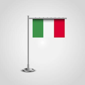 Bandiera dell'italia con il vettore di disegno creativo