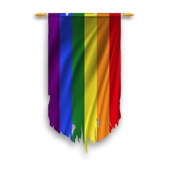 Bandiera lgbt sul pennant appeso a muro. bandiera lgbt stracciata.
