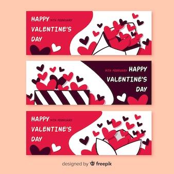 Bandiere di san valentino disegnati a mano