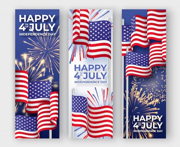 Bandiere verticali con sventolando bandiere nazionali americane e fuochi d'artificio