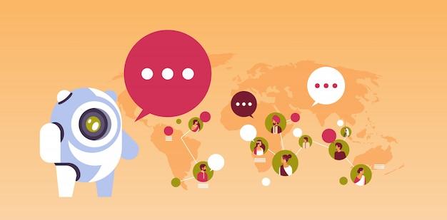 Banner di comunicazione globale avatar chatbot robot bolla persone indiane