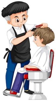 Barbiere che dà taglio di capelli ragazzo