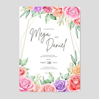 Bella carta di nozze con acquerello floreale e foglie