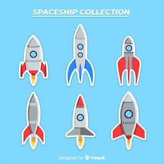 Bella collezione di astronavi con design piatto