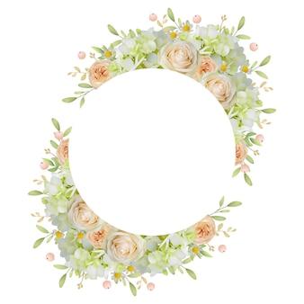 Bella cornice con rose floreali e ortensie