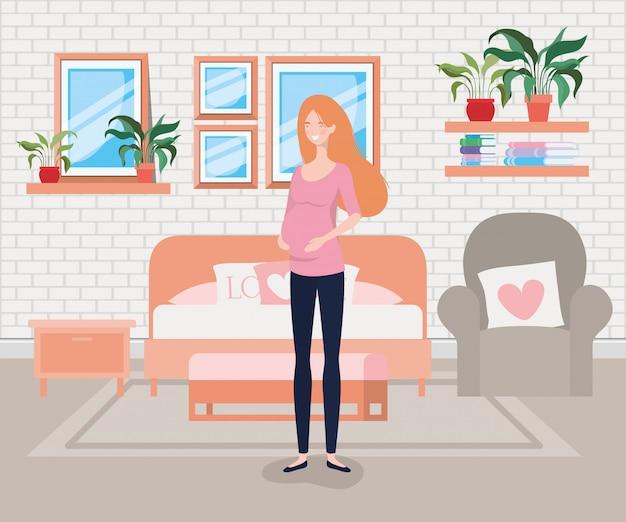 Bella gravidanza della donna nella scena della camera da letto