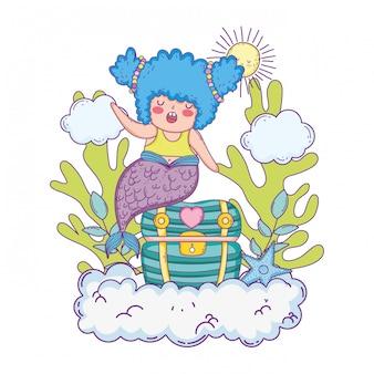 Bella sirena con scrigno in nuvole
