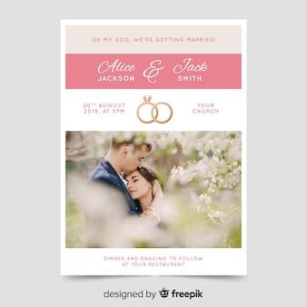 Bello modello dell'invito di nozze con la foto