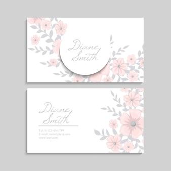 Biglietto da visita con bellissimi fiori rosa. modello