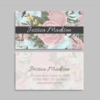 Biglietto da visita con fiori rosa e menta. modello
