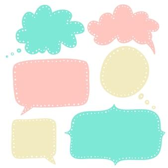 Bolle di discorso nella collezione di colori pastello