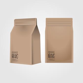 Borsa di caffè di carta in bianco realistica 3d isolata su fondo bianco
