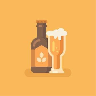 Bottiglia di birra e bicchiere di birra su sfondo arancione