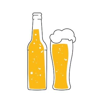 Bottiglia di birra e un bicchiere di birra schiuma.