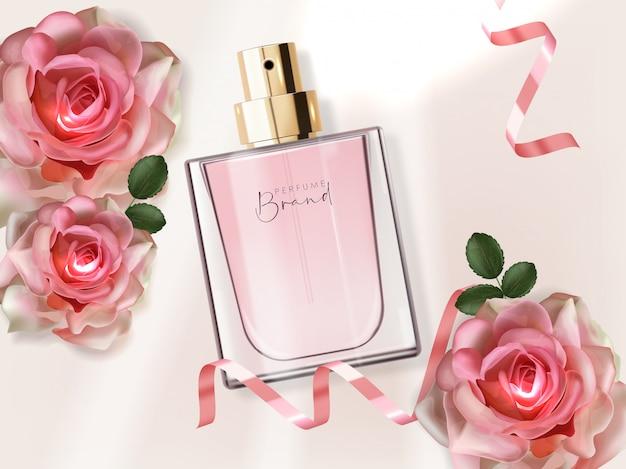 Bottiglia di profumo realistica e contenitore rosa e isolato