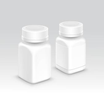 Bottiglia vuota di imballaggio in plastica con tappo per pillole isolato