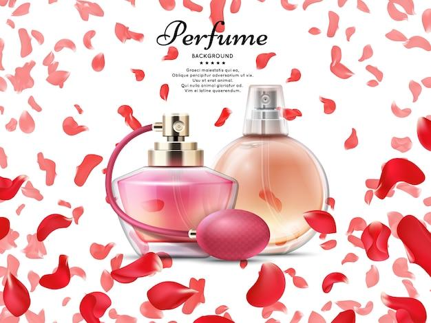 Bottiglie di profumo di cosmetici con petali di rosa rosa