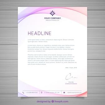 Brochure con forme rosa ondulate