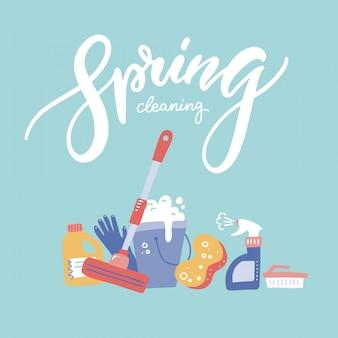 Bunner di pulizie di primavera con strumenti di pulizia della casa.