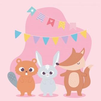 Buon compleanno, simpatico coniglio castoro e volpe con stendardi celebrazione fumetto decorazione