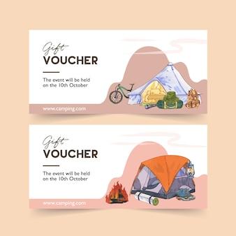 Buono da campeggio con illustrazioni di biciclette, tende, scarponi e zaini.