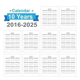 Calendario testo nero su sfondo bianco