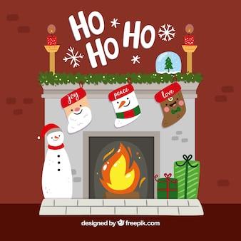 Camino con decorazioni natalizie