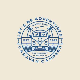 Campeggio loghi all'aperto e avventura, badge, etichette, emblemi, marchi ed elementi di design. arte grafica. .