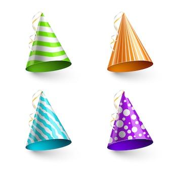 Cappelli da festa per bambini isolati su trasparente
