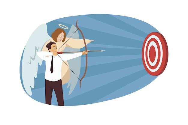 Carattere biblico di angelo che aiuta il responsabile dell'impiegato dell'uomo d'affari che mira con l'arco sull'obiettivo