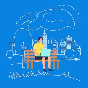 Carattere dell'uomo che si siede sulla panchina nel parco con il computer portatile
