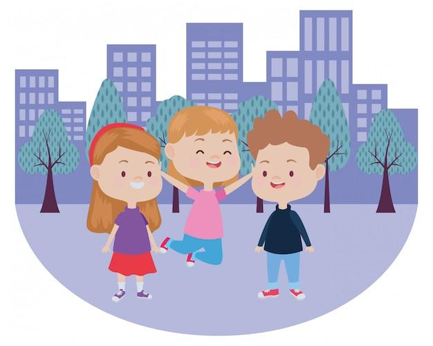 Carino bambini felici divertendosi