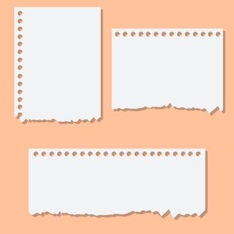 Carta bianca vuota promemoria strappata