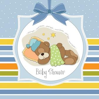 Carta di baby shower con orsacchiotto addormentato