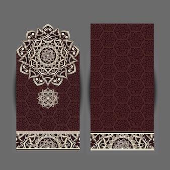 Carta di invito design vintage con motivo a mandala