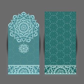 Carta di invito design vintage con motivo a mandala.
