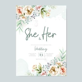 Carta di invito di nozze con modello di fiori ad acquerello adorabile